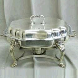 Where to find 1 1 2 QT SILVER SERPENTINE CHAFERS in Louisville
